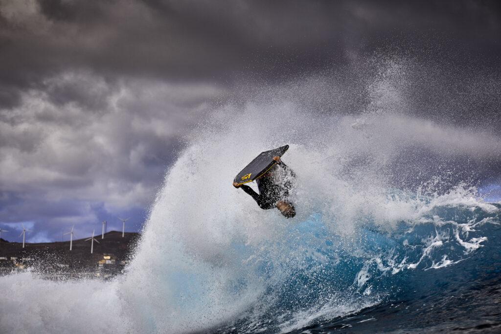 Primer Premio Individual. Categoría: Deportes. El Frontón(Gran Canaria)/Txomin Lopez/8 Noviembre 2020/Sesion Rutinaria/Maniobra destacada. Gerardo Ojeda